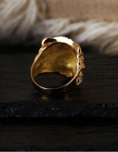 Chevalière tête de lion en or