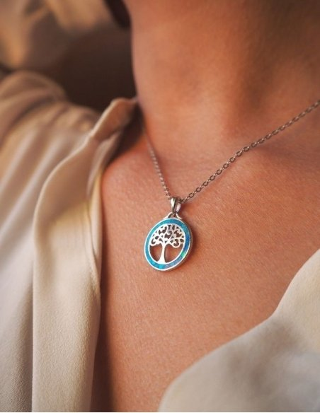 Collier arbre de vie en argent et pierre bleue