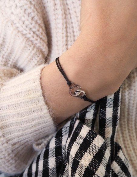 Bracelet menotte en argent avec cordon