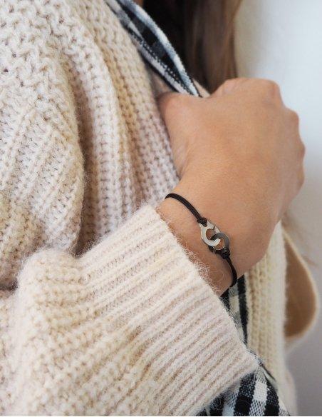 Bracelet menotte pour femme et enfant