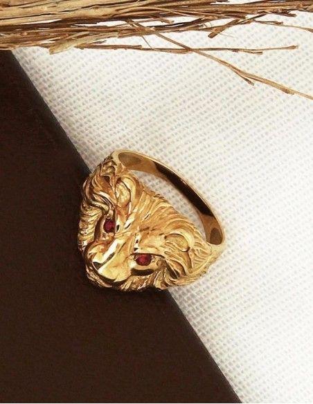 Bague tête de lion yeux rouges or
